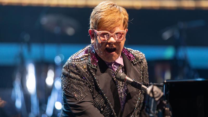 aa532666c369 Szinte az utolsó pillanatban mondta le esküvőjét Elton John /Fotó: Northfoto