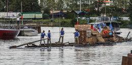 Przepłynęli 700 km na drewnianych tratwach! Niezwykli goście w Gdańsku