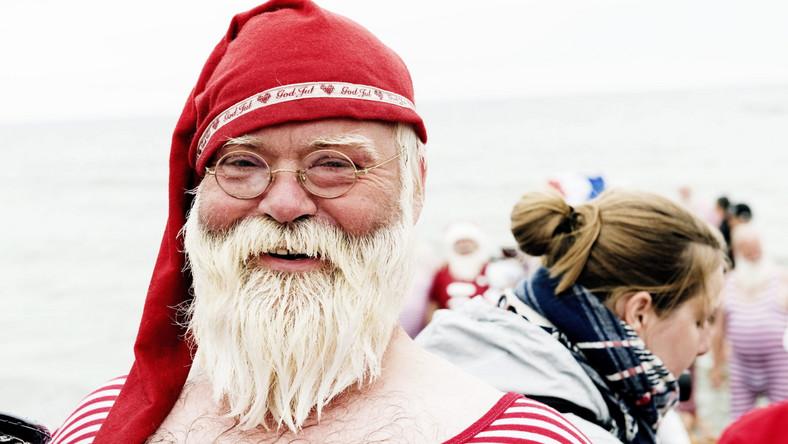 Obchody Światowego Kongresu Świętych Mikołajów w Danii