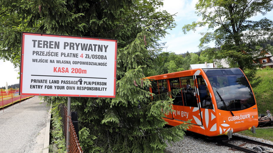 Zakopane: policja interweniuje w sprawie biletów za wejście na Gubałówkę