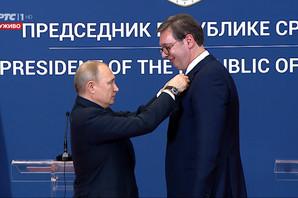 """Putin odlikovao Vučića ordenom Aleksandra Nevskog: """"Počasnom spisku onih koji su do sada taj orden dobili, dodajemo i vaše ime"""""""
