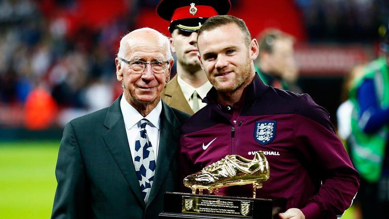 Wayne Rooney i Sir Bobby Charlton