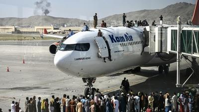 At least 5 killed at Kabul airport as Afghans flee Taliban reign