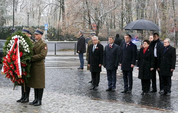 """Prezydent wskazywał, że przez 123 lata walki o polską niepodległość zginęło tysiące """"naszych rodaków""""."""
