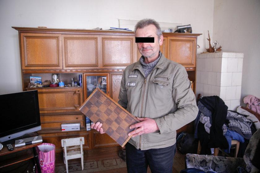 Dziadek miał chronić wnuczki, a sam je gwałcił!