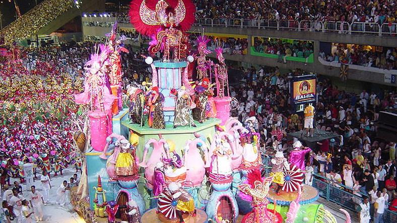 Watykan oburzony karnawałem w Rio