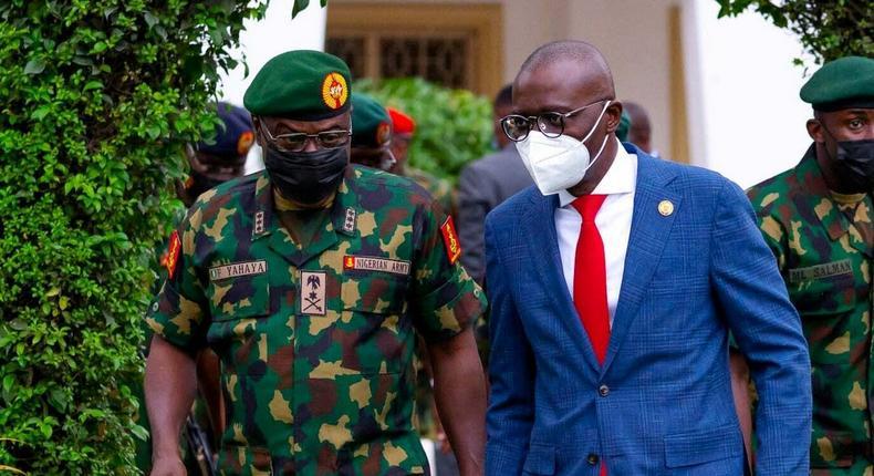 Chief of Army Staff (COAS), Lieutenant General Faruk Yahaya, and Lagos State governor, Babajide Sanwo-Olu [LASG]