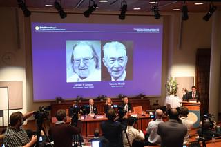Nobel 2018 z medycyny za nowe leki na raka dla Jamesa P. Allisona i Tasuku Honjo