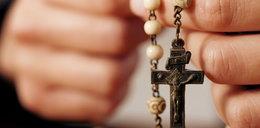 Różaniec jako broń. W Polsce coraz więcej radykalnych katolików