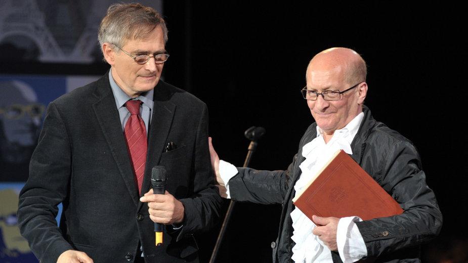 Olgierd Łukaszewicz i Wojciech Pszoniak podczas 70. urodzin Wojciecha Pszoniaka w Teatrze Muzycznym w Gliwicach