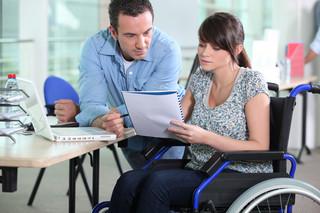 Jak obliczyć świadczenie urlopowe dla pracownika niepełnoetatowego z niepełnosprawnością