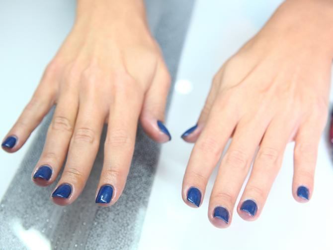Poslednji TREND u nezi noktiju: SNS NAILS prah za nokte bez UV lampe, ZDRAV i traje i do PET NEDELJA
