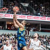 KRAH ŠAMPIONA EVROPE Slovenci pred ambisom u kvalifikacijama, Kalnietis odveo Litvance na Mundobasket