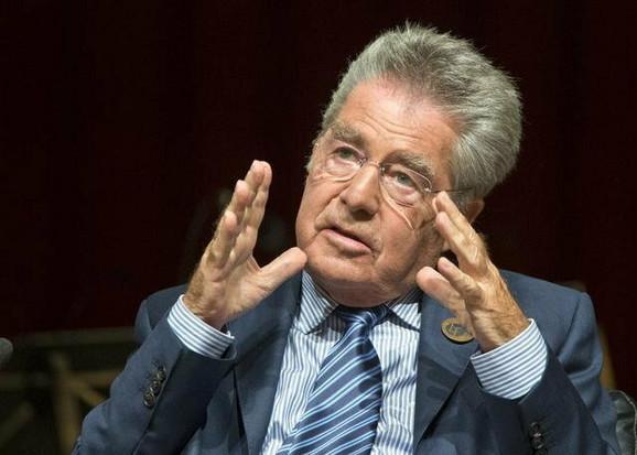 Kriza bi po Austriju bila mnogo veća da nije članica EU: Hajnc Fišer