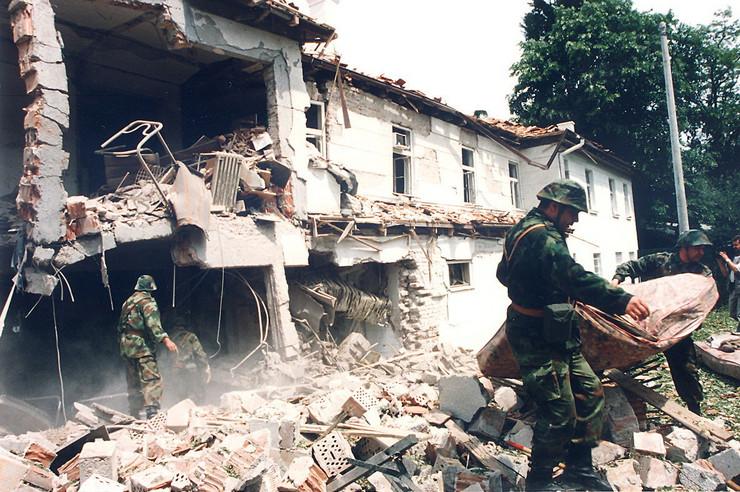 "12. maj - bolnica ""Dragiša Mišović"", poginulo 10 ljudi"