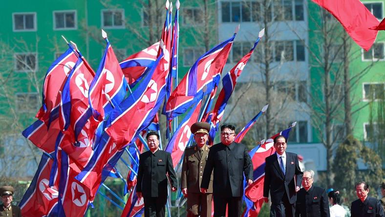 Najwyższy Przywódca osobiście pojawił się na uroczystości oddania nowego osiedla mieszkaniowego w Pjongjangu