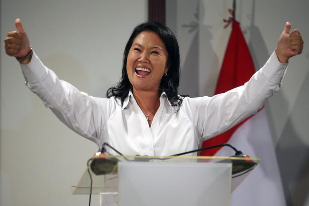 Keiko Fujimori podczas konferencji prasowej w Limie.