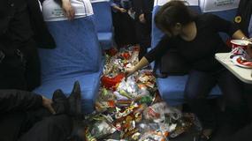 Chiński pociąg pełen śmieci - mało przyjemna podróż w Chiński Nowy Rok