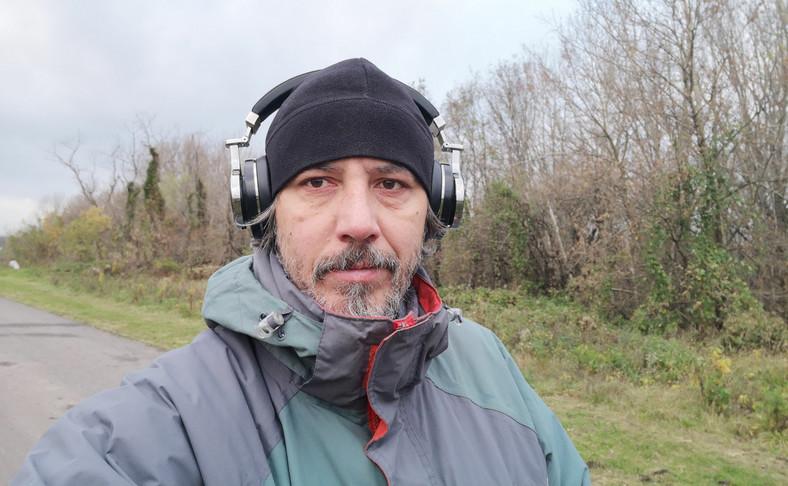 Zdjęcie selfie zrobione telefonem Huawei Mate 10 Pro