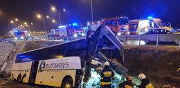 Dwie katastrofy autokarów w tym samym miejscu. Poprawią oznakowanie