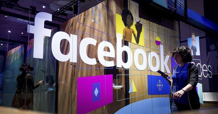 """Facebook chce być """"wrogim środowiskiem"""" dla terrorystów"""
