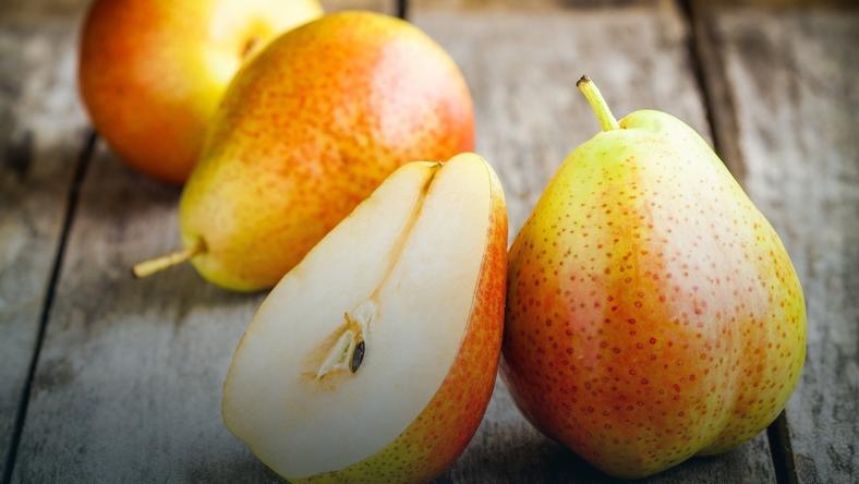 6db925f4 Gruszka (owoc) - kalorie, właściwości, witaminy i wartości odżywcze ...