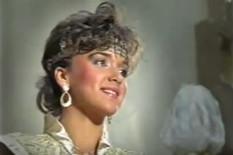 ZBOG NJEGA JE PALA U DEPRESIJU Bila je najlepša žena u Jugi, a onda ju je suprug JAVNO PREVARIO SA PEVAČICOM, život joj je tada postao pakao!