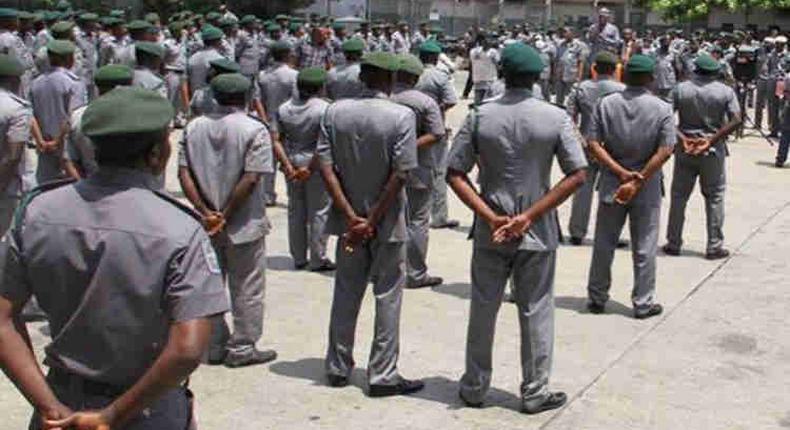 Customs promotes 2,707 senior officers.