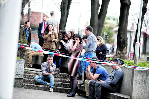Kolege ispred firme nakon zločina bile su u šoku