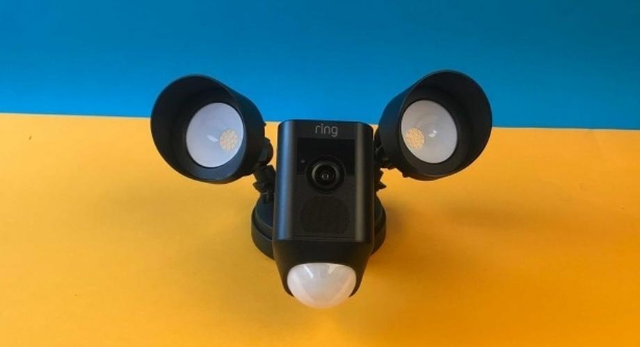 Ring Floodlight im Test: LED-Strahler mit WLAN-Kamera