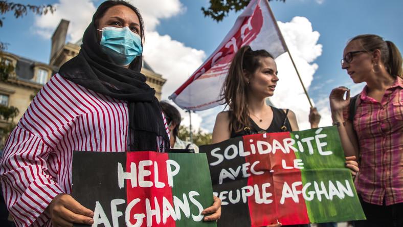 Paryż: Protest w obronie praw Afganek