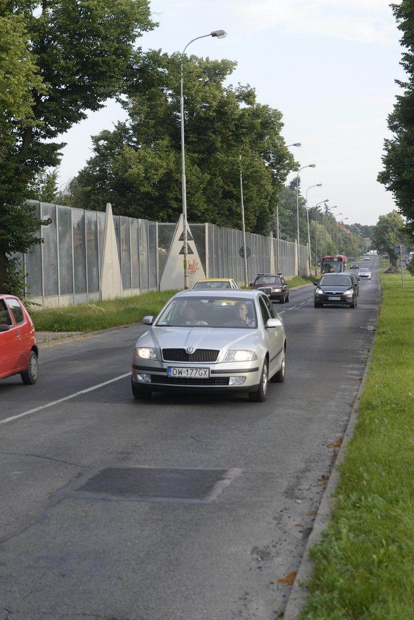 Samochody na ul. Kochanowskiego
