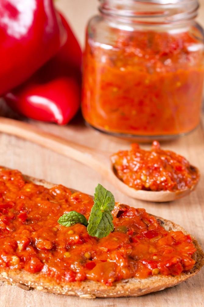 Ajvar od barenih paprika