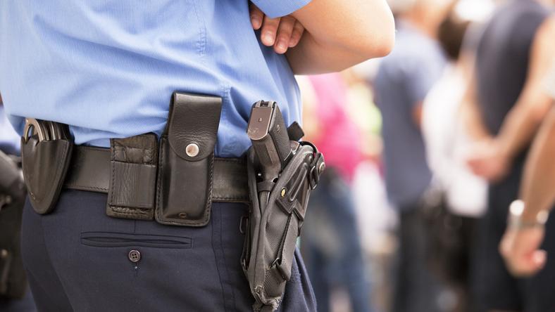 Według ustaleń funkcjonariuszy, atak miał miejsce w czasie, gdy na terenie parku znajduje się mnóstwo ludzi