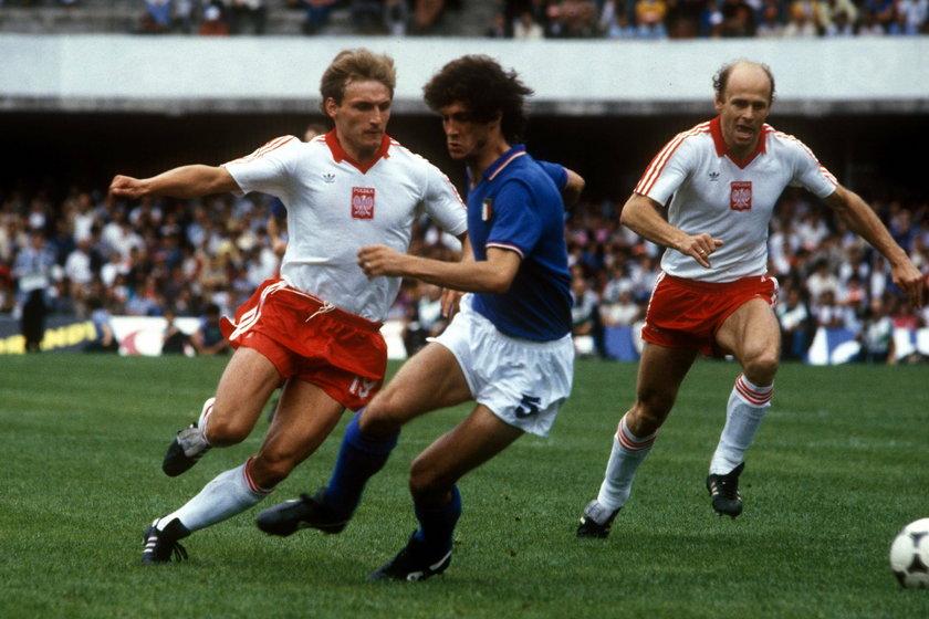Barcelonie w listopadzie 1980 roku dwa gole strzelił Andrzej Iwan (62 l.).
