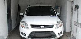 Mundurowi odkryli dziuplę z kradzionymi samochodami!