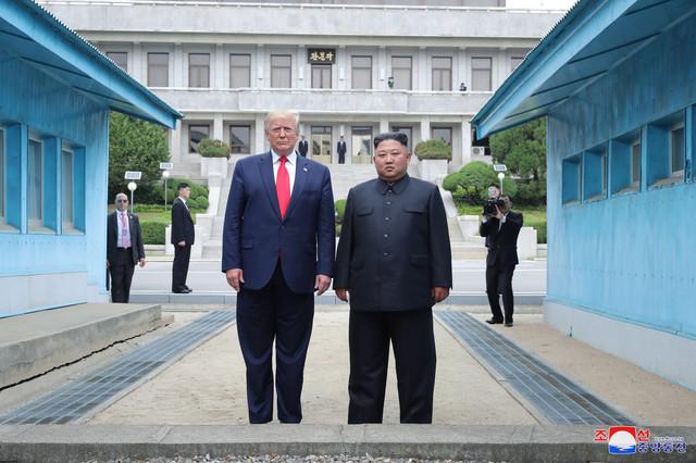 Tramp i Kim Džong Un u Demilitarizovanoj zoni u junu 2019.