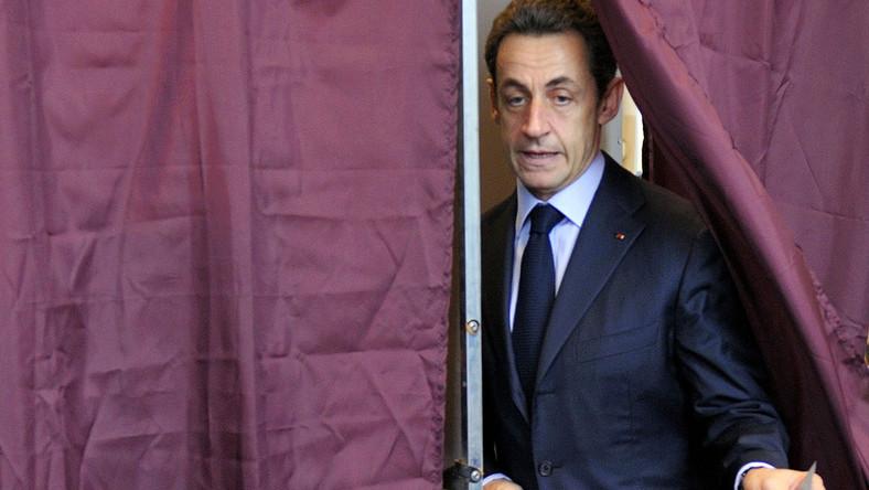 Sarkozy osobiście interesował się kontrolowaniem dziennikarzy, którzy ujawniają skandale związane z Pałacem Elizejskim