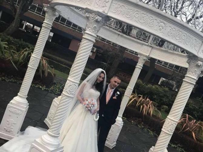 Nevesti usred venčanja pukao VODENJAK: Ono što je usledilo, rasplakalo je SVATOVE