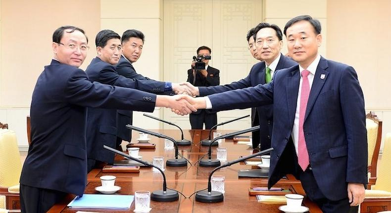 North, South Korea agree to hold family reunions in Oct - South