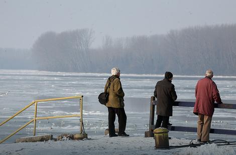 Dunav kod Smedereva i dalje pod ledom