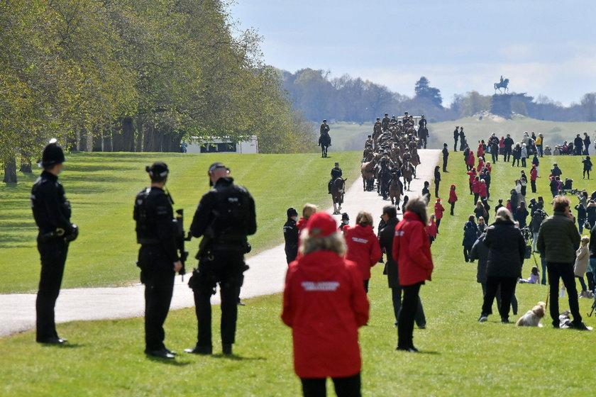 To najtrudniejszy czas dla królowej Elżbiety II od prawie 20 lat. Wtedy w jednym roku spadły na nią dwie tragedie