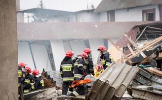 Strażacy uratowali osobę przysypaną gruzem po wybuchu gazu w Bydgoszczy