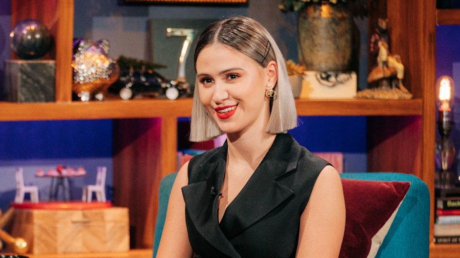 "Maria Bakalova w programie ""The Late Late Show with James Corden"""
