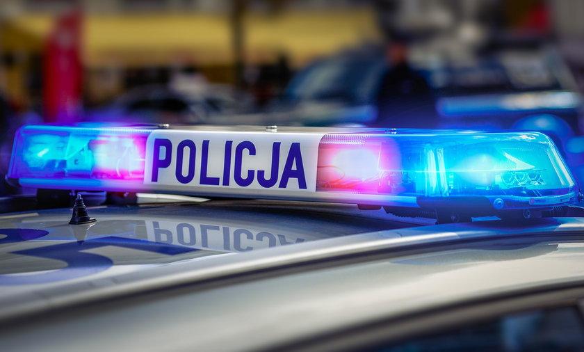 Policjant jechał z bandytą. Co przy nich znaleziono?