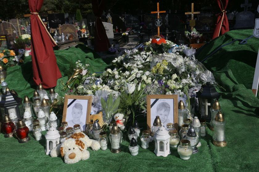 Pogrzeb chłopców...