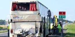 Kolejny wypadek autokaru z dziećmi! Wjechała w niego ciężarówka