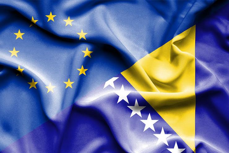BiH-EU-zastave-01-foto-shutterstock