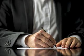 Białecki: Notariusz to nie bezrefleksyjny podpisywacz dokumentów