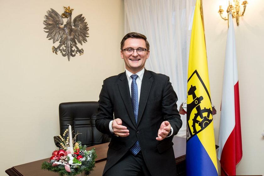 Katowice. Prezydent Katowic da podwyżkę pracownikom